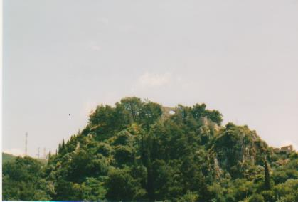 Kapyrissia Castle ruins 001